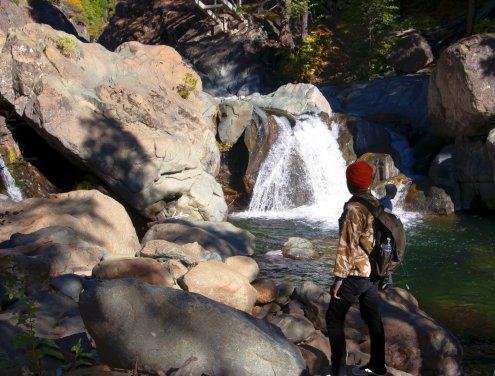 Students observing hydraulic processes on the North Yuba River
